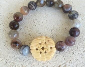 Brown stone beaded stretchy bracelet