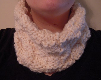 White Checker Board Cowl