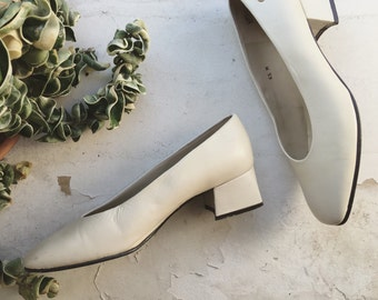 White Vintage Pumps Sz 6.5 / 37 Made in Spain