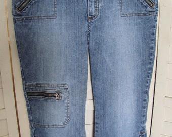 Girls Size 10 1/2 Plus denim blue jean Capris  Excellent Condition