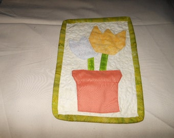 Two Tulips Quilted Mug Rug