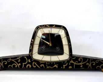 Art deco vintage mantel clock / table clok / fireplace clock Hermle movement