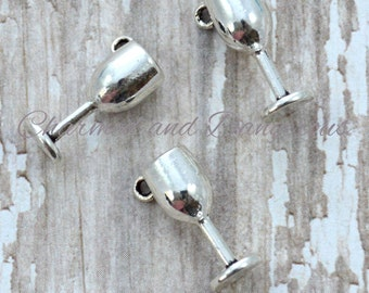 10 Pewter 3D Wine Glass Goblet charms (CM70)