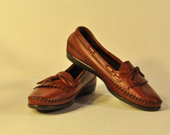 Women's Vintage Leather Loafers