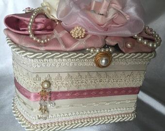 Pastel keepsake wedding box