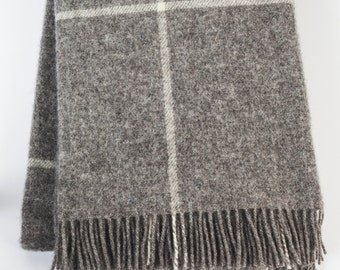 Natural gray wool blanket / chunky gray blanket / gray throw blanket / checked wool blanket