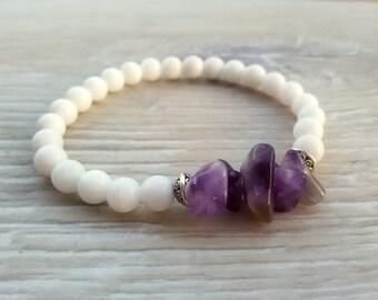 Genuine Amethyst bracelet White Agate jewelry woman bracelet Valentines Boho jewelry Moms gift for her Valentines gift Stretch bracelet