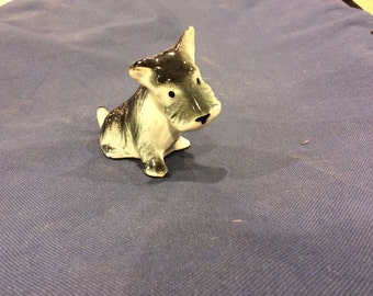 Scottish Terrier Dog Figurine - Scotty Dog - Vintage