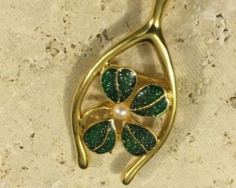 Vintage JJI Goldtone Lucky Wishbone Brooch pin with Pearl Four leaf clover, signed