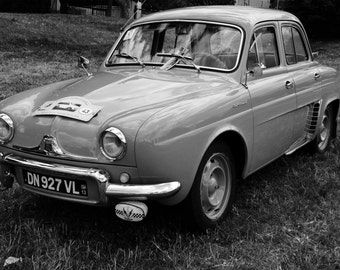 Want to travel... Renault Dauphine R1090...