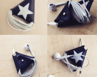 Ear phone cable tidy
