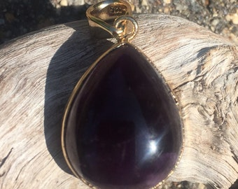 Gilt sterling and amethyst pendant with chain