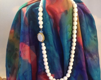 Vintage Makers Mark Milk Glass Faceted Bead Matinee Strand Gold Tone Necklace