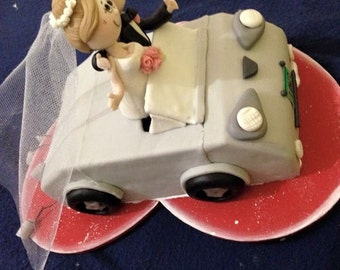 Bride and groom for cake