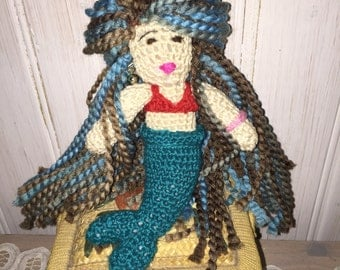 Amigurumi mermaid, crochet doll