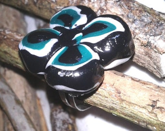adjustable flower of the Savannah in fimo ring