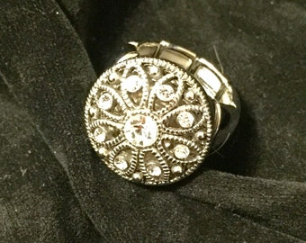 Interchangeable snap ring