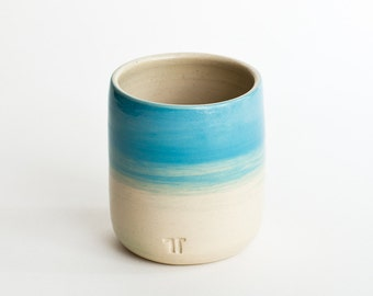 Cup in turquoise for coffee and tea / / turquoise Cup in minimalist design / / handmade ceramic Cup / / stylish tableware
