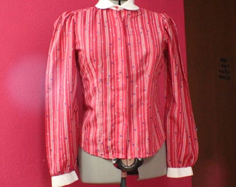 Red pattern blouse