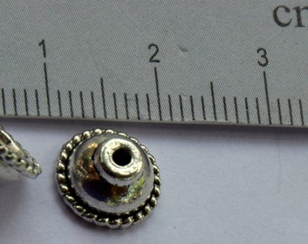 Antique Silver Bead Caps.    10mmx5mm Antique Silver Bead Caps.  24 pieces.   Jewelry Supplies.   Beading Supplies.