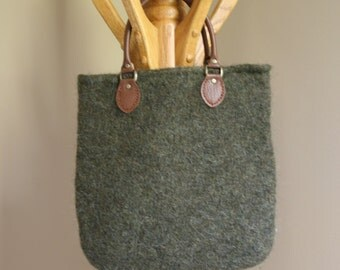Green wool felt tote bag