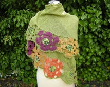 Triangle shawl hand Knit scarf blooms crochet triangle towel with flower border