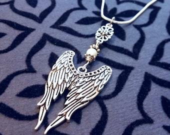 Wings Necklace / Walking Dead Darryl's Wings Necklace / Vintage Necklace / Charm Necklace