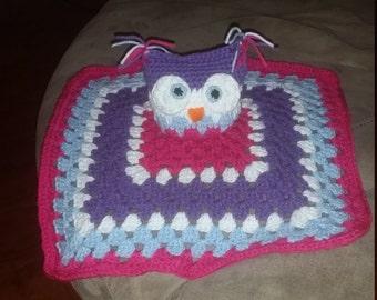 Crocheted Owl Lovey
