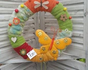 Felt wreath door wreath & table decorations