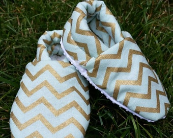Baby slippers, baby booties, chevron shoes, soft baby shoes, soft sole shoes, baby slippers,  baby shoes, baby shoes girl, baby shoes boy