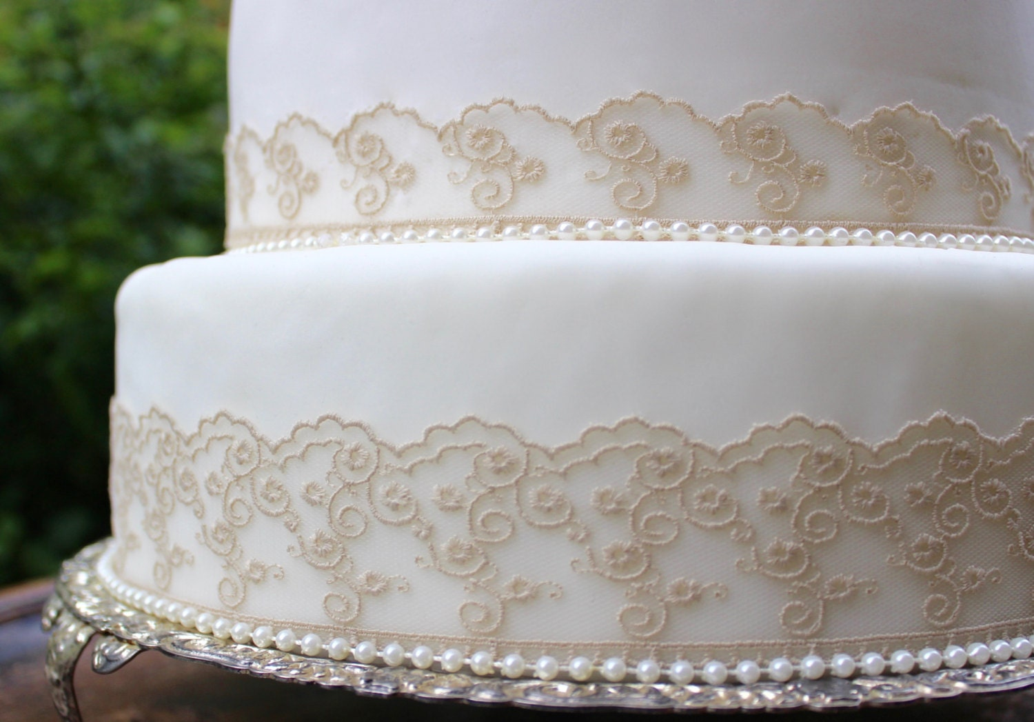 wedding cakes lace and pearl vintage biscuit lace amp pearl wedding cake topper set pearl 24864