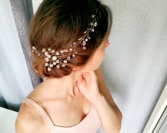 Wedding decoration in the hairstyle of beads and wire