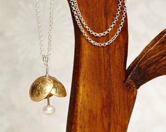 Pendant bronze flower (Jade or carnelian or Freshwater Pearl)