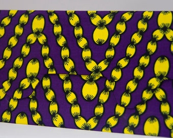 Clutch, pretty in yellow chains