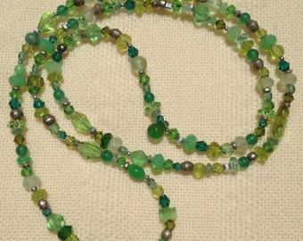 Green confetti necklace #1