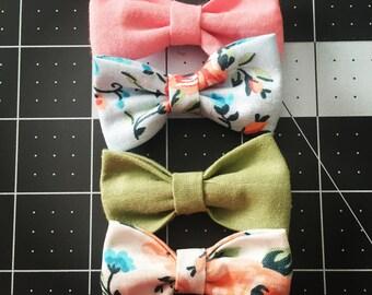 Mini Maci Bow{light pink, light blue floral, olive, white floral}