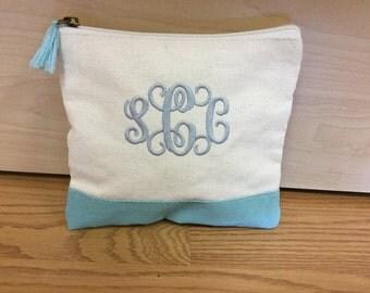 Monogrammed cosmetic bag set