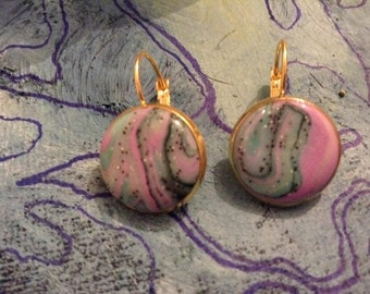 Pink and tuquoise marbled earrings