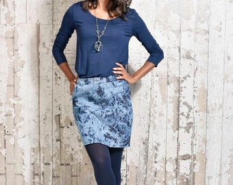 CASUAL JEANS SKIRT.