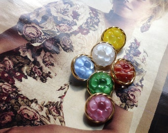 6 collector glassbuttons - moonglow vintage buttons - handpainted in Germany in the fifties