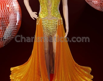 CHARISMATICO Golden Diva Showgirl Pleated Skirt Sequined Costume With Gothic Necklace