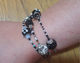 Black and white wraparound bracelet