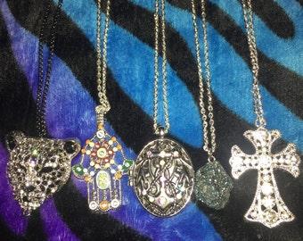 Beautiful Pendant Necklaces