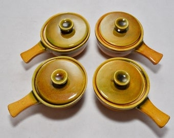 Set of 4 french onion soup casseroles - Vintage ovenware mustard yellow dishes from the 1970's