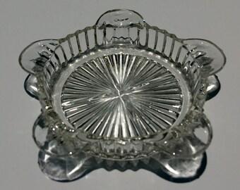 Vintage glass ashtray - EP0047