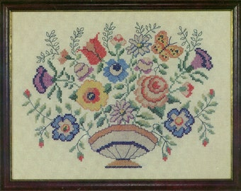 Flower Bowl Theorem Stamped Sampler Kit by Country Stitches