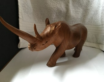 WOOD RHINOCEROS CARVING