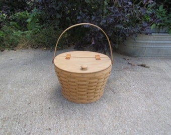 Longaberger Sewing Basket with Handle, 1986