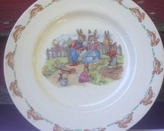 Bunnykins Royal Doulton Vintage Collector Plate Gardening Bunnies Rabbits