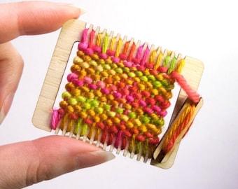 Ornament Kit, Weaving Loom Kit, Miniature Loom, Ornament or Brooch